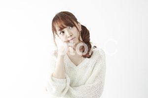 悩む女性2